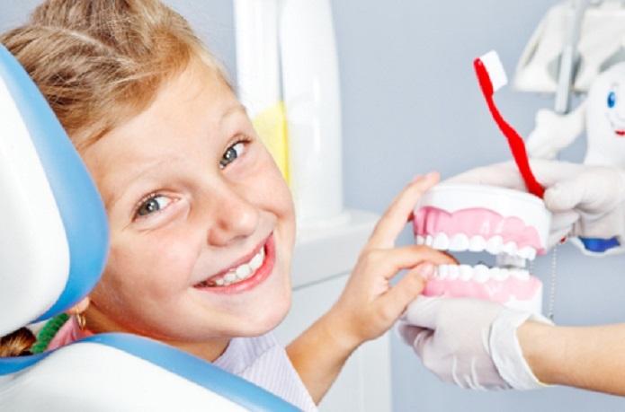 چگونه کودکتان را با دندانپزشک کودک آشتی دهید؟