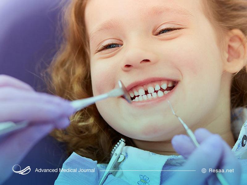 کودک، با دندانپزشک خوب رفتار می کند