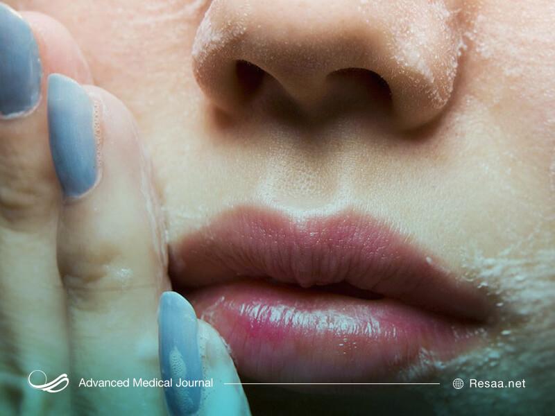 ژلهای شستشوی صورت را مناسب با نوع پوست خود انتخاب کنید.