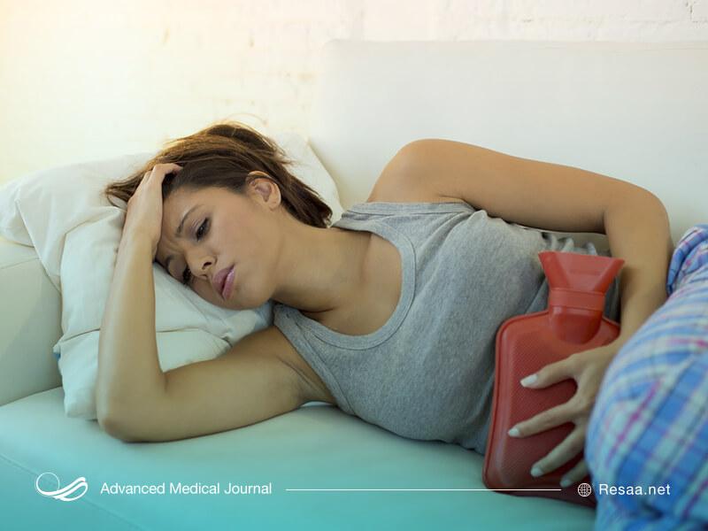 درد شکم یکی دیگر از علائم pms میباشد.