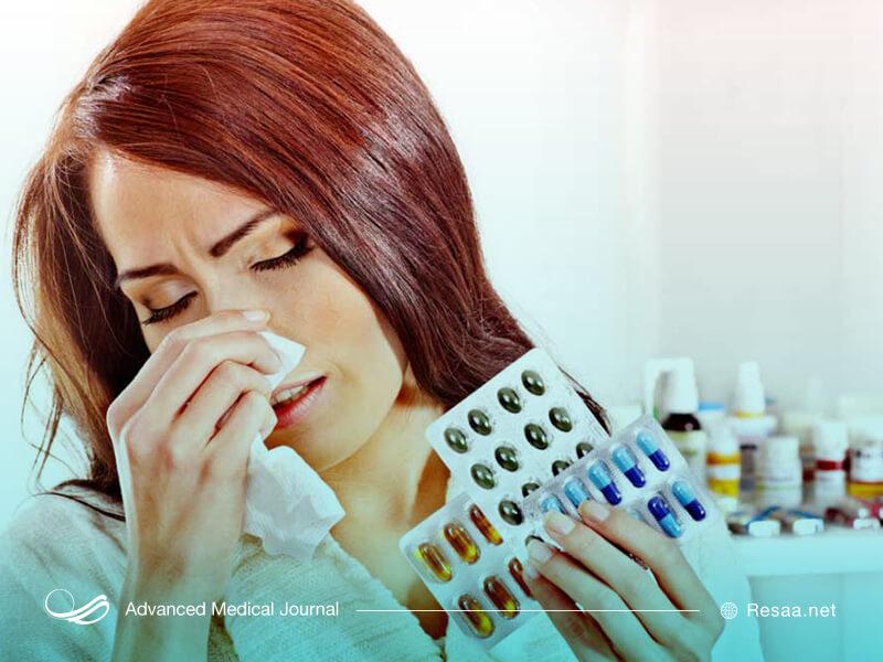 از آنتی هیستامینها برای کاهش حساسیت استفاده میشود.