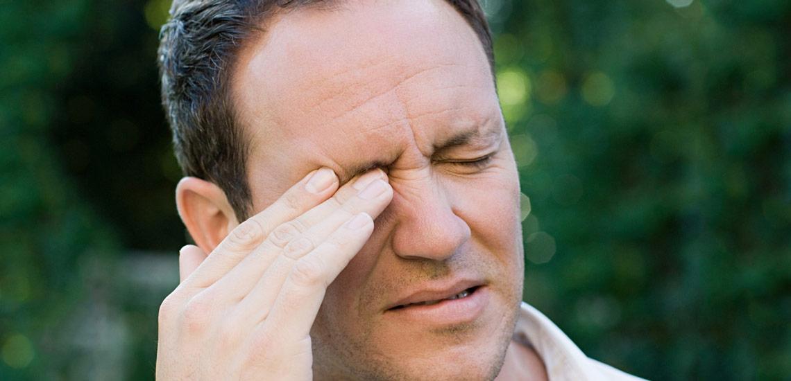 علل پرش پلک چشم یا تیک عصبی چشم و راه های درمان پرش پلک