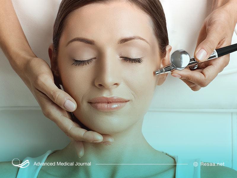 مراجعه به متخصص برای بررسی پوست