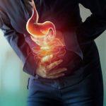 بیماری آپاندیسیت چیست؟ علائم و درمان آپاندیسیت