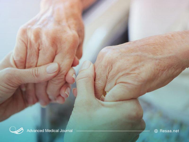 لرزش دست ممکن است در اثر آسیب به مخچه ایجاد شود