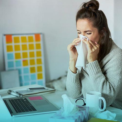 بیماری تب یونجه چیست؟