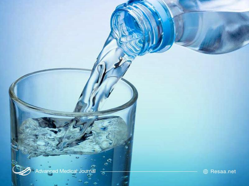 نوشیدن آب فراوان